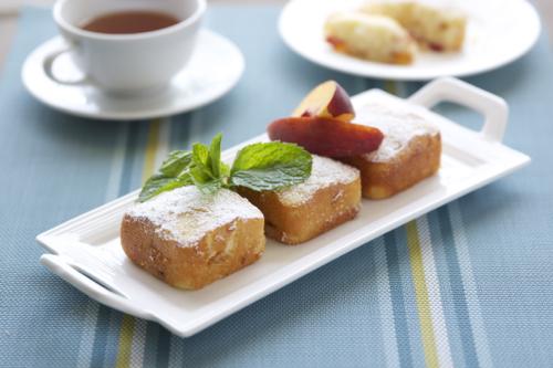 Peach Cakes